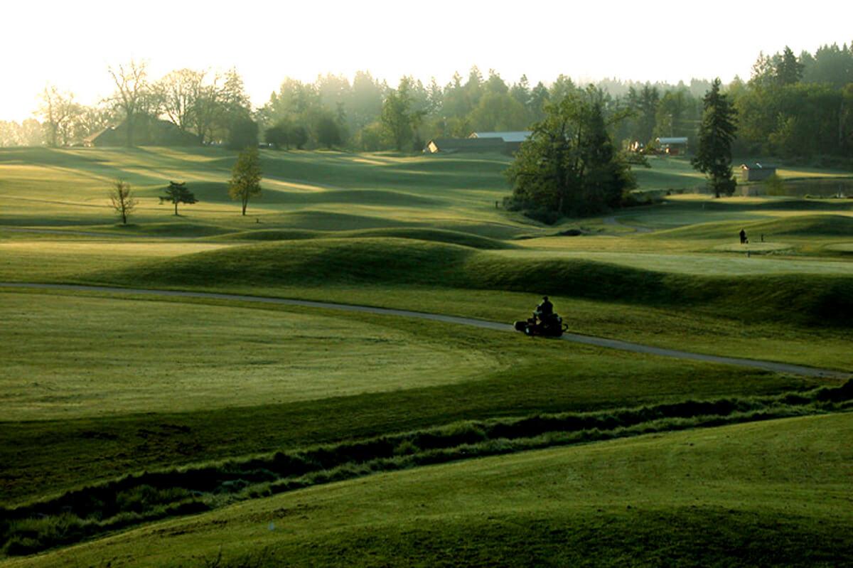 Campi da Campi da golf in provincia di Cuneo Cherasco - ph Mauro Rossoa golf in provincia di Cuneo Cherasco - ph Mauro Rosso